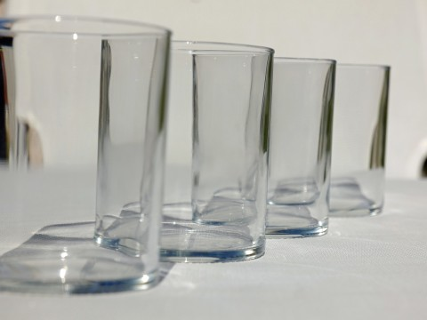 water-glass-3390370_1280