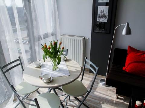 apartment-2094702_1280