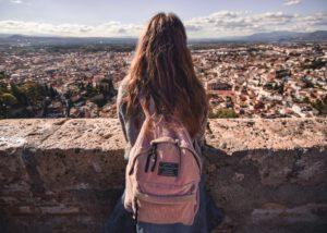 Przeprowadzka z nastolatkiem – jak ją zaplanować?