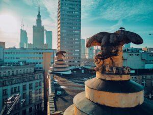 Przeprowadzka w Warszawie a wybór dzielnicy – co wziąć pod uwagę?